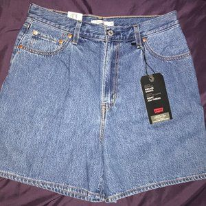 Levi's Premium Ribcage Shorts 30